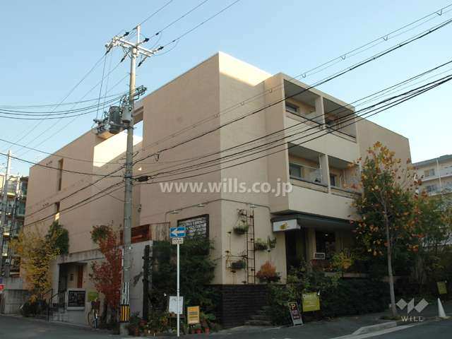 neu.cafe(ノイ カフェ)箕面船場店1