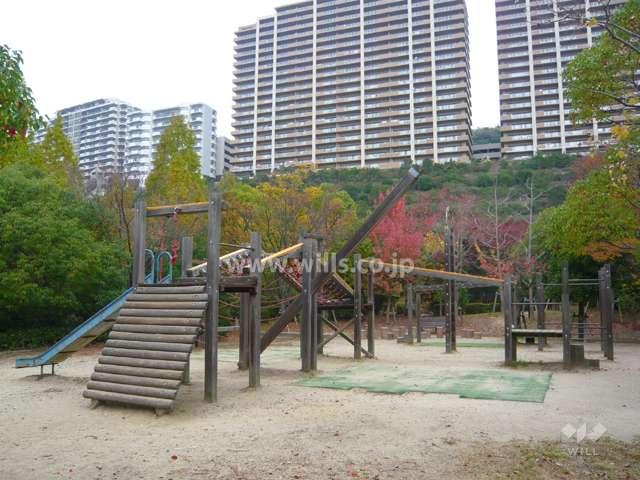 すみれガ丘中央公園2