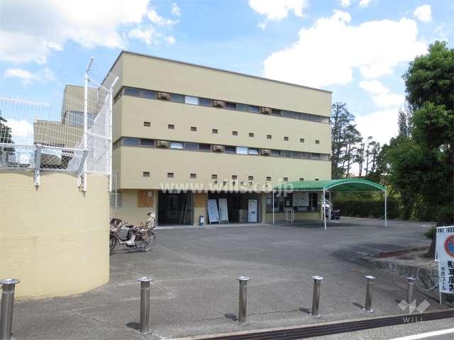朝日ケ丘公園プール2
